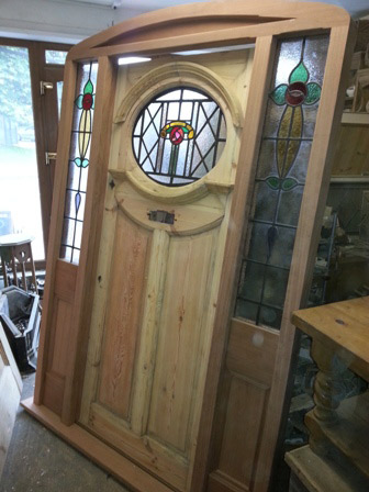 Reclaimed Oval Door with Miranti Frame Entranceway & Reclaimed Oval Door with Miranti Frame Entranceway currently ...